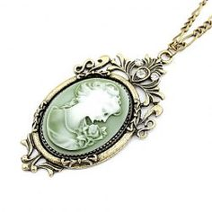 $3.31 Vintage Chic Style Rhinestone Decorated Queen Print Pendant Necklace For Women