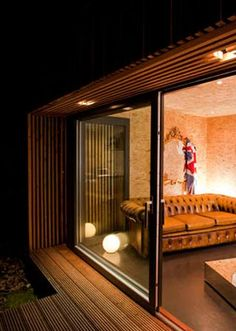 Like timber cladding Garage Studio, Mc Studio, Kitchen Diner Extension, Outdoor Office, Timber Cladding, Garden Office, Patio Doors, Wall Treatments, Small Spaces