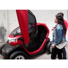 Two-seater fast-charging mini electric vehicle – xqwoo Small Electric Cars, Electric Vehicle, Electric Transportation, City Car, Small Cars, Body Size, Golf Carts, Fire Trucks, Workout Shorts