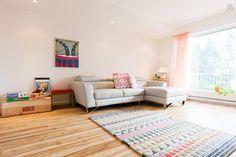 Locations saisonnières et locations en résidence - Airbnb Room, Inspiration, Bedroom, Biblical Inspiration, Rooms, Inspirational, Rum, Peace, Inhalation