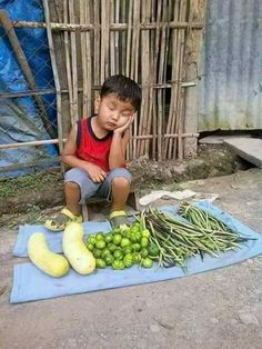 Ideas for children photography funny kids Poor Children, Precious Children, Beautiful Children, Beautiful Babies, Poor Kids, Kids Around The World, People Of The World, Around The Worlds, Funny Kids