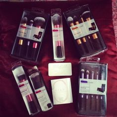 Now Real Techniques make up brushes Now the promotion, discount of $ 5 on their 1 purchase less than $ 40 or $ 10 on their first orders over $ 40 with coupon iHerb OWI469 http://www.dipity.com/samanjoin/personal/?eid=kezbV6ifFGw I neeeeeed them all! #realtechniques #realtechniquesbrushes #makeup #makeupbrushes #makeupartist #brushcleaning #brushescleaning #brushes