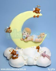 Adorno de Bautizo, Bebé media luna by Dulce decoración (modelado - tartas decoradas), via Flickr Baby Cake Topper, Cake Toppers, Baby Chower, Hobbies And Crafts, Diy And Crafts, Rose Cookies, Sculpted Cakes, Balloon Flowers, Bear Party