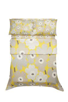 Pieni Unikko Yellow Full Sheet Set by Marimekko