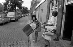 Kingdom Of The Netherlands, Amsterdam, Daily Beauty, Old Ads, Capital City, Memories, Black And White, Retro, People