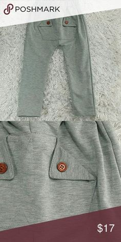 Gray Pocket Sweatpants. Kids Adorable and comfortable gray sweatpants with unique front pocket.  Pull up style  This item is brand new and never used. No tags Bottoms Sweatpants & Joggers