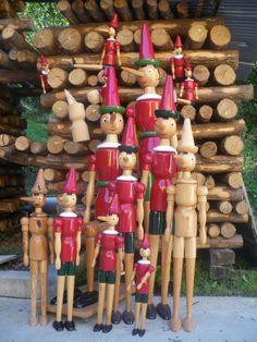 pinocchi. En Abita Spring, en Lousiana, hay un coleccionista de Pinochos que suele comprar en Roma cada vez que va