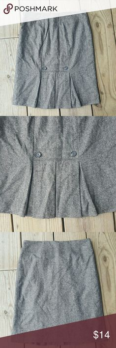 "Ann Taylor LOFT virgin wool skirt Virgin wool blend, lined, back pleated, size 4, length 22"" LOFT Skirts Midi"