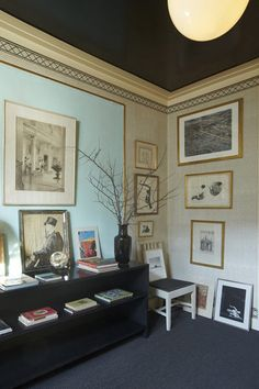 A pic from the apartment home of the the legendary Albert Hadley. Located at 10 East 85th and available for purchase via Brown Harris Stevens.