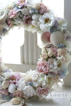 ** 貝殻のリース shell wreath I think this wreath is stunning. I love the combination of soft pastel romantic flowers and sea shells Seashell Projects, Seashell Crafts, Wreath Crafts, Diy Wreath, Tulle Wreath, Hydrangea Wreath, Burlap Wreaths, Christmas Wreaths, Christmas Crafts