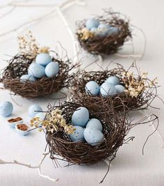 15 Easter Ideas for Simple Table Centerpieces and Gifts, Handmade Nests with Easter Eggs