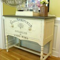 Chalk Painted Porch Pillows {Annie Sloan Chalk Paint®} - Artsy Chicks Rule