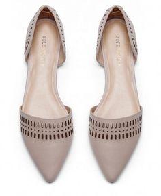 Bellisimos. Lastima q esta forma de zapatos es super incomoda..