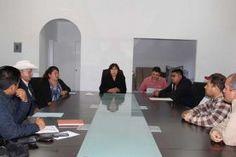 Landa de Matamoros, Qro. Enero de 2016.- Reunidos en el Salón de Cabildos de la Presidencia Municipal, por segunda ocasión...