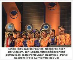Tarian khas daerah Provinsi Nanggroe Aceh Darussalam, Tari Saman, turut memeriahkan pembukaan acara Pembukaan Rapimnas I Partai NasDem. (Foto Kurniawan Mas'ud)