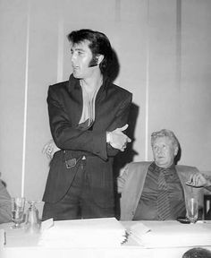 1969 Las Vegas Press Conference - Elvis With His Father, Vernon, Behind Him.