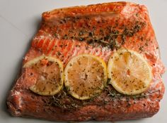 Oven Salmon Fish Recipe in Lemon Thyme Paper - therezepte sites Salmon Fish Recipe, Baked Salmon Recipes, Potato Recipes, Fish Recipes, Seafood Recipes, Recipe Paper, Healthiest Seafood, Fish Dishes, Fish And Seafood