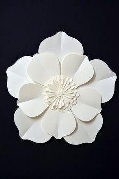large paper flower for wedding decoration by comeuppance on Etsy #weddingdecoration