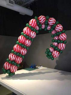 Christmas balloon decoration!!