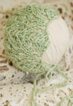 ❤~GREAT CHOICES FOR THOSE VERY SPECIAL NEWBORN PHOTO SESSIONS~❤    READY TO SHIP!!!!    Adorably simple, sweet little dome back newborn bonnet knit