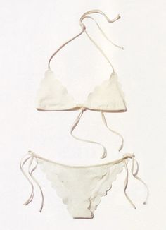 Oh please give me this scalloped bikini