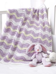 Wavy Ripple Blanket in Bernat Baby Coordinates Solids. Discover more Patterns by Bernat at LoveKnitting. The world's largest range of knitting supplies - we stock patterns, yarn, needles and books from all of your favorite brands. Crochet Ripple, Baby Afghan Crochet, Manta Crochet, Crochet Bebe, Crochet Blanket Patterns, Crochet Yarn, Knitting Patterns Free, Baby Knitting, Free Crochet