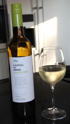 Castell del Remei, Blanc Planell.    Vino de la casa del restaurant El Bulli
