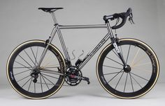 Nice bit of Titanium Titanium Road Bike, Chain Drive, Road Bikes, Cool Items, Painting Frames, Cycling, Dreamworks, Lust, Transportation