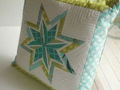 My new favorite thing,  Lone Starburst free template was from Six White Horses blog.  eamylovePillow26 by eamylove, via Flickr