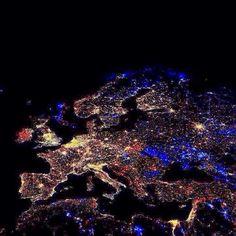01.01.2014 Midnight over Europe.jpg (1280×1280)