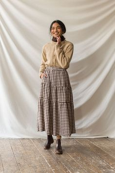 Long Skirt Outfits, Modest Outfits, Modest Fashion, Gingham Skirt, Fashion Sewing, Everyday Outfits, Aesthetic Clothes, Dress Skirt, Vintage Dresses