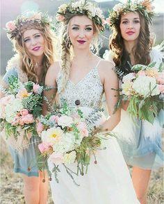 #bridal #bridaldress #wedding #weddingdress #bridalhair #bridalhairstyle #weddinghair #weddinghairstyle #hair #hairstyle #bridalmakeup #weddingmakeup #makeup #hairandmakeup #makeupandhair #headpiece #hairpiece #floral #flowers #floralcrown #flowercrown #braid #bridesmaid #bridesmaids http://gelinshop.com/ipost/1519869509513782160/?code=BUXqUQrhCOQ