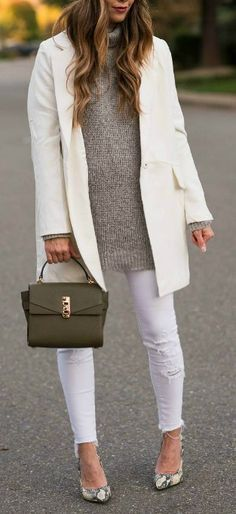 Winter Whites   White Trench Coat   Grey Sweater   White Skinny Jeans   Snake Print Pumps   Grey Beanie   winter style   winter fashion   style ideas for winter    The Girl in the Yellow Dress #winterstyle #trenchcoat #beanie #winterfashion