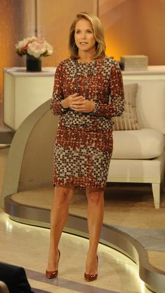 Katie Couric wearing a Piazza Sempione dress and Brian Atwood heels on Katie! Female News Anchors, Diane Sawyer, Katie Couric, Tv Girls, Voluptuous Women, Brian Atwood, Event Dresses, Sexy Legs, Lady