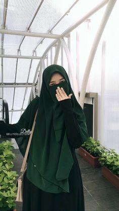 Khimar cantik by Stylish Hijab, Hijab Chic, Hijab Niqab, Beautiful Muslim Women, Beautiful Hijab, Beautiful Eyes, Moslem Fashion, Niqab Fashion, Islamic Girl Images