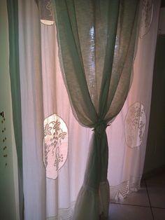 Graziosa tenda Shabby in tela di lino