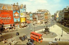 One of the best known locations in London is the road junction of Piccadilly Circus (in the meaning of a circular formation), seen in this . London History, British History, England Uk, London England, Brown University Campus, London Architecture, Piccadilly Circus, London Photos, London Pictures