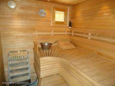 Pirttiharjusta Lahdesta löytyy tämä sauna joka odottaa uusia saunojia http://asunnot.oikotie.fi/myytavat-asunnot/8379697