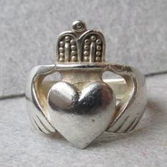 Vintage Sterling Silver Irish Good Luck Claddagh Ring, Size 6.5