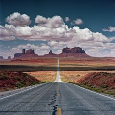 Monument Valley - I love this desolately beautiful place