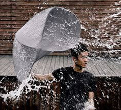A 2012 red dot award winner for design concept, Lin Min-Wei and Liu Li-Hsiang's Rain Shield could make carrying an umbrella somewhat stylish and more than an exercise in futility. Its shield-like construction uses a single curved steel wire and te Under My Umbrella, Beach Umbrella, Rain Umbrella, Shield Design, Yanko Design, Blog Deco, Deco Design, Ui Design, Design Elements