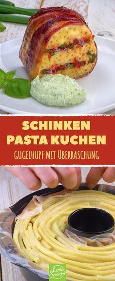 Traum mit Schinken und Makkaroni: Eine neue Gugelhupf-Variante, die sich sehen lassen kann! #rezept #rezepte #kuchen #gugelhupf #pasta #makkaroni #nudeln #schinken #roherschinken #ei #schichten #backen #tomate #käse #hartkäse #schmand #getrocknetetomaten #lauchzwiebeln