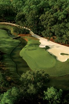 The local PGA professionals at Play Golf Sarasota have over thirty years of local golf course experience. We provide superior total golf concierge services to golfer's living, working, visiting, and vacationing in the Sarasota and Manatee county region. Famous Golf Courses, Golf Holidays, Golf Magazine, Golf Drivers, Landscape Drawings, Landscapes, Play Golf, Golf Tips, Golf Clubs