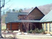 Rustic and beautiful log home.