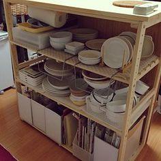 キッチン/キッチンカウンターDIY/DIY/ナチュラル/ハンドメイド/食器棚兼オーブンカウンターのインテリア実例 - 2018-03-04 00:21:09   RoomClip(ルームクリップ) Kitchen Cart, Shoe Rack, Nitori, Home Decor, Decoration Home, Room Decor, Shoe Racks, Home Interior Design, Home Decoration