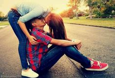 Thiss is soo cute!! I want to be able to do this with someone <3