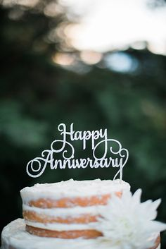Happy Anniversary Cake Topper Commemoration Celebration Wedding Couple Yearly Event Milestone Occasion A day to Remember Anniversary Wishes For Friends, Happy Aniversary, Happy Wedding Anniversary Wishes, Happy Anniversary Cakes, Anniversary Message, Anniversary Cards, Wedding Anniversary Photos, Anniversary Funny, Happy Birthday Sister
