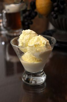 Gelato di crema Ingredients  500 ml (2 cups) milk or equal parts milk and cream 150g sugar (3/4 cup)* 4 egg yolks 1 vanilla pod, split open down the side, or a piece of lemon zest (optional)* NB: Superfine sugar is best, but regular granulated will do.