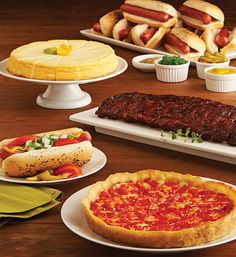 The Ultimate Tastes of Chicago Package: 1 Lou Malnati's deep dish pizza, 1 slab of Carson's Ribs, 1 Vienna Hot Dog Kit, & 1 plain Eli's Cheesecake Great Recipes, Snack Recipes, Snacks, Lou Malnati, Beef Hot Dogs, Deep Dish, Food Gifts