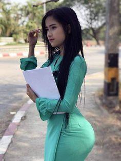 Model Girl Photo, Asian Model Girl, Girl Model, Cute Asian Girls, Beautiful Asian Girls, Beautiful Chinese Women, Burmese Girls, Myanmar Women, Attractive Girls